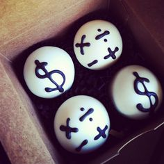 cake baller cake balls, of the accounting type. Did you get your #taxes #donelikeaboss yesterday? www.cakeballers.com #thecakeballers #cakeballer #cakeballers #nerdy #numbers #digits #money #accounting #moneyinthebankshortywhatyouthink #cakeballs