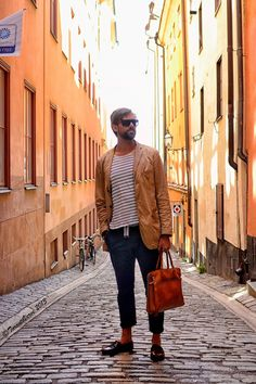 "TorontoVerve in Stockholm: Olof - Telegrafgränd  ""My style is urban and relaxed with some sort of elegance mixed into it. I get inspiration from French and Italian fashion -- not to mention the Sartorialist and Coldplay's Chris Martin."""