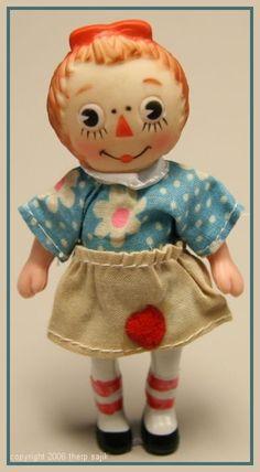 Vintage 1960's Knickerbocker Raggedy Ann Doll