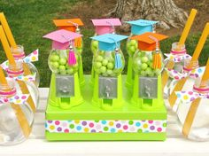 Look how cute these giveaways are for a preschool graduation party! @evite #EviteParty #ETTP2015