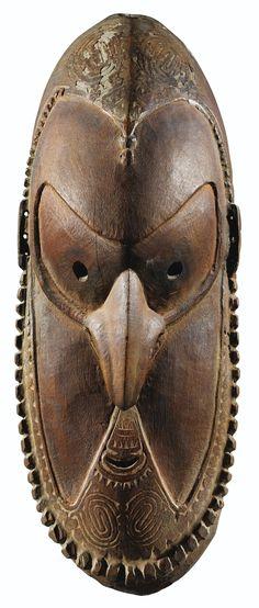 Masque, Aire de Murik, embouchure du Sepik, Papouasie Nouvelle-Guinée | Lot | Sotheby's