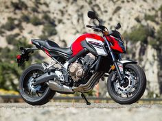 Honda makes a splash in the US with a non-faired version of its urban middleweight. Hd Wallpapers 1080p, Photo Backgrounds, Animes Wallpapers, Hd Background Download, Picsart Background, Honda Bikes, Honda Cb, Cb 650f, Ktm Duke 200