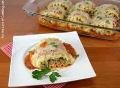 Chicken and Sausage Lasagna Roll-Ups