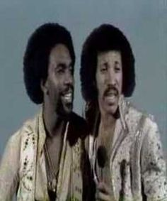 ▶ Commodores - Sail On - YouTube