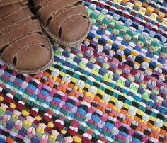 Linen stitch t-shirt rug