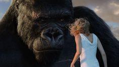 Still of King Kong and Naomi Watts in King Kong