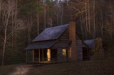 wood-is-good:  (via Cabin Light by Larry727 on Etsy)