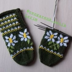 No photo description. Knitting Socks, Baby Knitting, Knitted Hats, Teachers Pet, My Hairstyle, Gloves, Slippers, Instagram, Allah