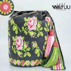 Wayuu Mochila bag roses (638×636)