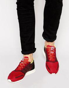 Nike Air Max 2014 – WhiteAtomic MangoVolt | Avenue Three