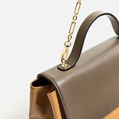 Image 5 of TWO-TONE CITY BAG WITH CHAIN from Zara