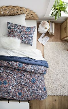 Deck out your dorm room with dreamy bedding sets featuring so-cozy fabrics like this Majestic Medallion Essential Bedding Set that includes a Comforter with Sheets, Pillowcase, and Sham for one low price.Â