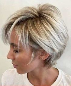 New Pixie Haircut Ideas in 2018 – 2019 – neue Pixie Haircut-Ideen in den Jahren 2018 – 2019 – – Kurze Frisuren Short Shag Hairstyles, Short Layered Haircuts, Straight Hairstyles, Short Hairstyles For Women, Pixie Haircuts, Wedding Hairstyles, Medium Hairstyles, Hairstyles Haircuts, Short Highlighted Hairstyles