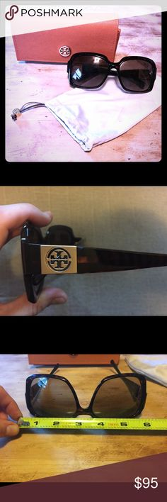 Tory Burch Tortoise Sunglasses Barely worn, comes with case and cloth to clean lenses. No scratches or signs of wear, as I had mentioned I've only worn these a handful of times. Tory Burch Accessories Sunglasses