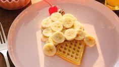 waffle and bananas, yum