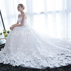 Ball Gown Wedding Dress-White Cathedral Train Strapless Satin / Tulle 2016 - €127.39