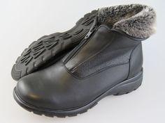 TOE WARMERS Canadian Black Leather Faux Fur Cuff Winter Ankle Boots Women's 11 W #ToeWarmers #AnkleBoots