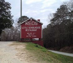 This Alabama Restaurant Is Located In The Boonies And Worth The Drive