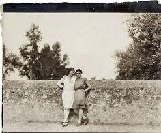 Frida Kahlo e la fotografa Tina Modotti, 1928