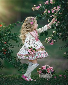 50 ideas sewing photography pictures girls for 2019 Cute Kids Photography, Classic Photography, Photography Lighting, Photography 101, Little Girl Models, Cute Little Girls, Toddler Fashion, Kids Fashion, Little Girl Dresses