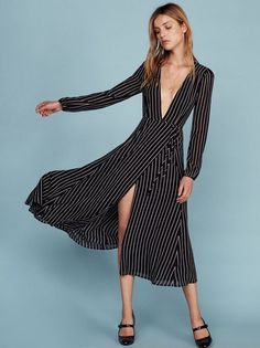 The Ashley Dress  https://www.thereformation.com/products/ashley-dress-hudson?utm_source=pinterest&utm_medium=organic&utm_campaign=PinterestOwnedPins