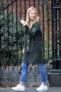 Sienna Miller - Page 7 - the Fashion Spot