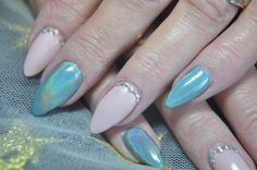 Cream Puff with new Spring colour Just Tiffany paired with our brilliant Holographic pigment