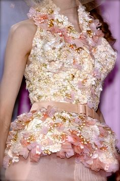 chiffonandribbons:  Christian Dior Couture S/S 2010
