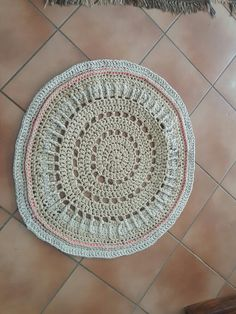Crochet rug Rugs, Crochet, Home Decor, Farmhouse Rugs, Homemade Home Decor, Types Of Rugs, Crochet Crop Top, Chrochet, Interior Design