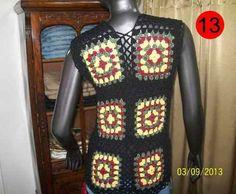 Encontrá Chaleco Tejido Cuadrados Largo Al Crochet Artesanal - Ropa y  Accesorios en Mercado Libre Argentina. Descubrí la mejor forma de comprar  online. df835ae22c32
