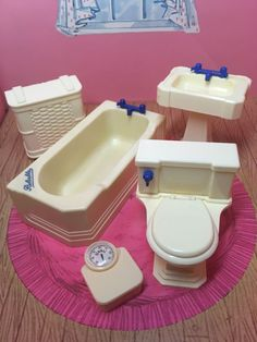 """Considered 1:16 or 3/4""""scale it works well with Renwal Ideal Marx and all other same sized Dollhouses. All pieces are in very good condition having no broken parts. The Bathtub measures 1 1/4""""high x 4""""long x 2""""wide to give an example of size. 