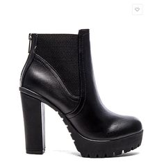 "LISTING Steve Madden Black Ankle Boot #29 Edgy and fun, this Amandaa ankle boot is the one to own. 1.25"" platform. Leather upper with rubber sole. Elastic side panels. Back zip closure , heel is 4"", comes with box 2-28-16 Steve Madden Shoes Ankle Boots & Booties"