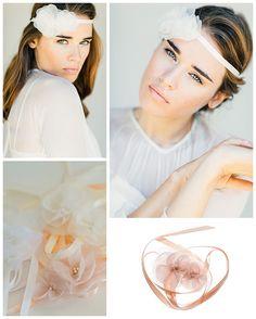 Blütenhaarband / Headpeaces für die Braut - Wunderschöner Brauthaarschmuck von BelleJulie für die Boho Braut. Die gesamte BelleJulie Kollektion mit weiterem Brauthaarschmuck auf Wedding Board