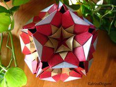 Schwierigkeit ♥♥♥♥♡ Dieser super schöne Kusudama ist ein Design von Marcell Aldos Thank you so for permission :-)) du brauchst 30 Verbindungen...4,5 x 4,5 cm...