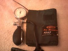 Vintage Accoson Blood Pressure Cuff /Monitor With Case
