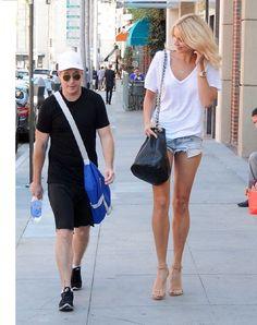 Tall Sabina Gadecki by TallGirlFan Tall Boyfriend Short Girlfriend, Taller Girlfriend, Giant People, Tall People, Tall Girl Outfits, Tall Women Fashion, Long Tall Sally, Strong Girls, Tall Guys