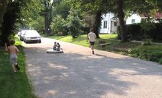 Shut Up And Take My Money – Awesome Dad Builds A Hovercraft Using A Leaf Blower For His Kids!