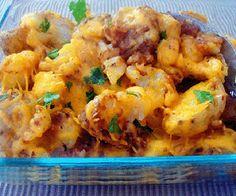 Slow cooker cheesy potatoes.Delicious creamy potatoes cooked in slow cooker.