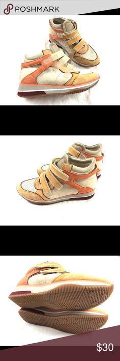 GEOX leather peach neutral velcro sneakers 8 Here are some kick ass sneakers!  European stylings  All genuine leather  Super cute! Have a little bit of a heel to them. Close with Velcro straps   Women's size 8.   Nice! Geox Shoes Athletic Shoes