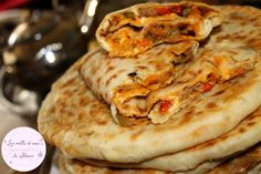 "Galette Stuffed Bread with Minced Meat, Vegetables and Cheese – ""Italy food culture Italian cuisi Grilling Recipes, Meat Recipes, Cooking Recipes, Italian Soup, Italian Dishes, Naan, Mince Dishes, Italian Vegetables, Italy Food"