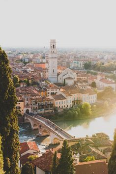 Yes, Verona is the location of one of the world's most famous tragic love stories, but there is much more to this ancient city. Here are seven attractions not to be missed on your trip to Verona. Cool Places To Visit, Places To Travel, Travel Destinations, Verona Italy, Tuscany, Puglia Italy, Italy Italy, Florence Italy, Venice Italy