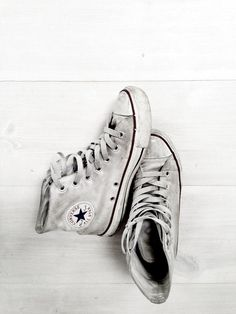 Converse, All Star Converse Star, White Converse, Converse Shoes, Boys Converse, Fashion Shoes, Mens Fashion, Fashion Trends, Looks Style, My Style