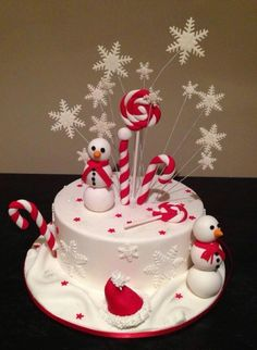 Christmas cake decor, love it!