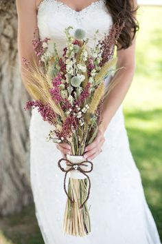 rustic weddingflowers (dried) very western Colorado style