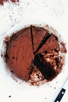 torta caprese (chocolate almond cake without flour addition)