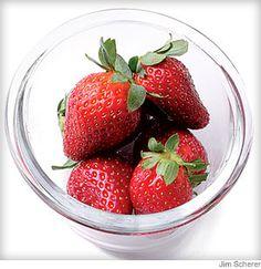 Fast Strawberry Frozen Yogurt from @WebMD