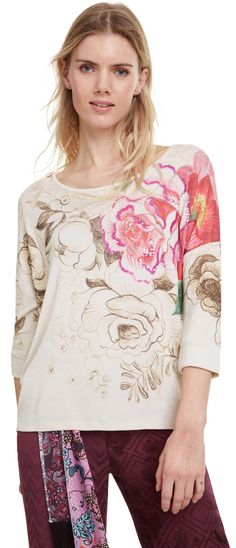 Desigual beige T-shirt TS Daryl Beige T Shirts, Sequin Bridesmaid Dresses, Dark Skinny Jeans, Indian Party Wear, Evening Party Gowns, Gala Dresses, T Shirts For Women, Clothes For Women, Online Shopping Stores