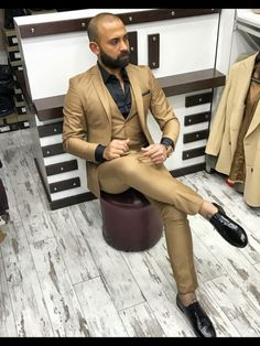 mens_fashion - What Will Catch My Eye Blazer Outfits Men, Mens Fashion Blazer, Mens Fashion Wear, Suit Fashion, Fashion Pics, Dress Suits For Men, Mens Dress Pants, Mens Suits, Style Costume Homme