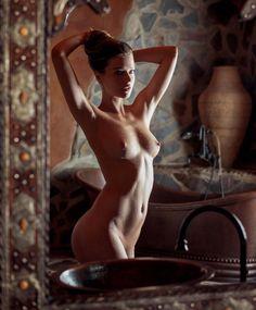 liza-kei-nude.jpg 1164×1407 pikseli