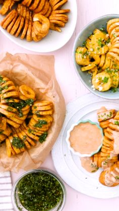 Recipe with video instructions: Create curly fries at home with plantains that are sweet, salty, and herby with a killer sauce on the side. Vegetarian Recipes, Cooking Recipes, Healthy Recipes, Banane Plantain, Plantain Recipes, Healthy Snacks, Healthy Eating, Curly Fries, Fried Bananas